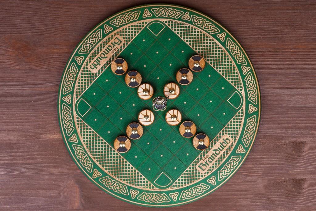 Ирландская игра Брандуб